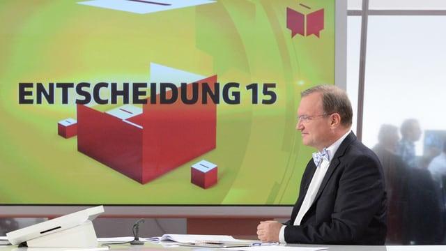Claude Longchamp im Wahlstudio in Zürich.