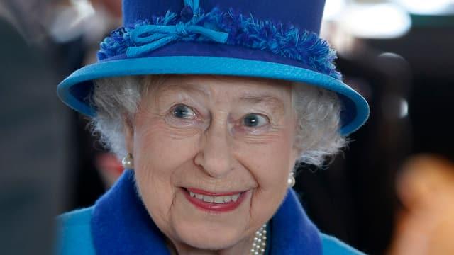 Royale Unterstützung: Die Queen sucht eine neue Haushaltshilfe