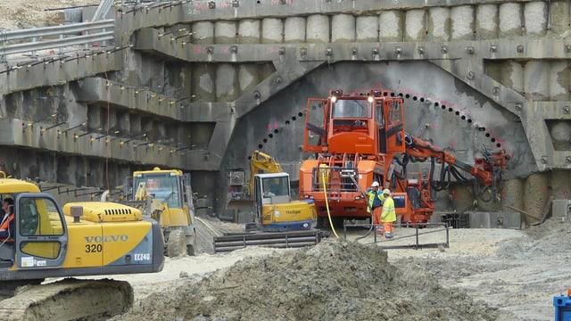 Baustelle der A16 im Berner Jura.