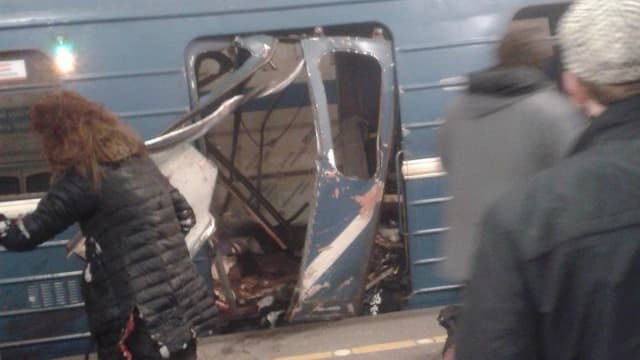 vagun da metro cun esch devastà