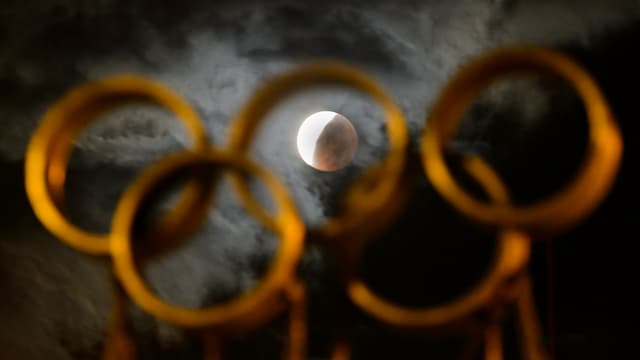 Ils rintgs olimpics e la glina.