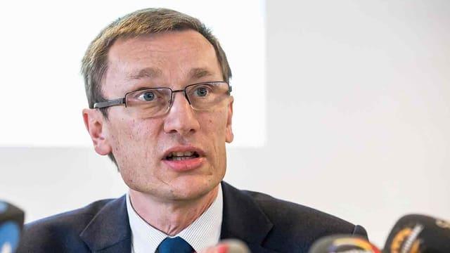 Achermann an Medienkonferenz