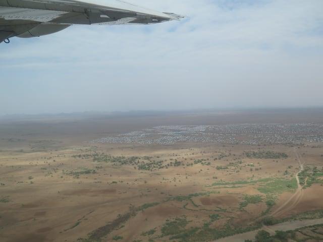 Blick auf das riesige Lager Kakuma aus der Luft.