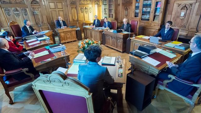 La sesida dal Cussegl federal, in sguard en la stanza da sesida.
