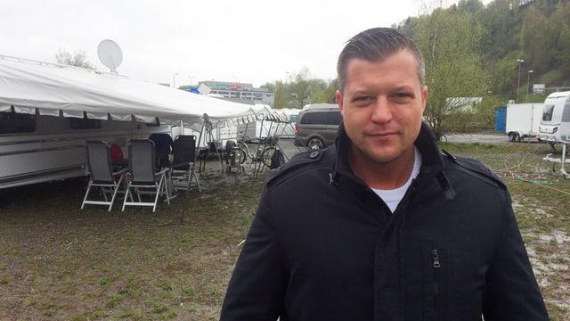 Mike Gerzner, Präsident einer Fahrenden-Vereinigung, auf dem Standplatz in Kriens.