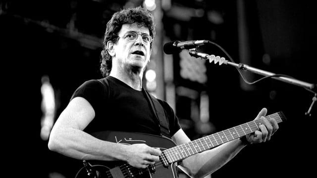 Lou Reed 1993 bei einem Konzert