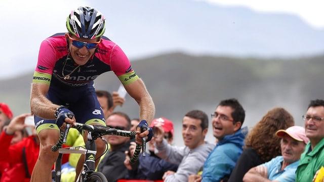 Der Pole feiert mit dem Etappensieg den grössten Triumph seiner Karriere.