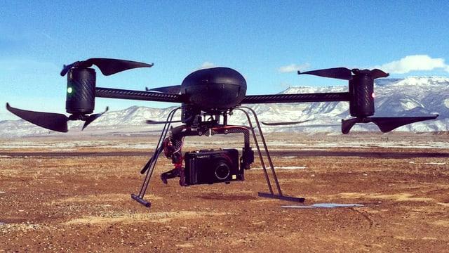 Eine Überwachungsdrohne mit eingebauter Kamera in den USA.