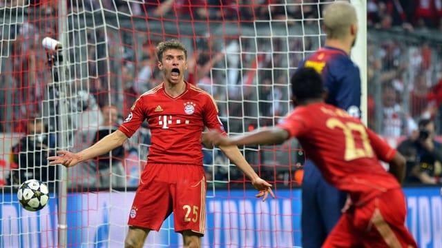 Bayern jubelt, Barç geknickt.