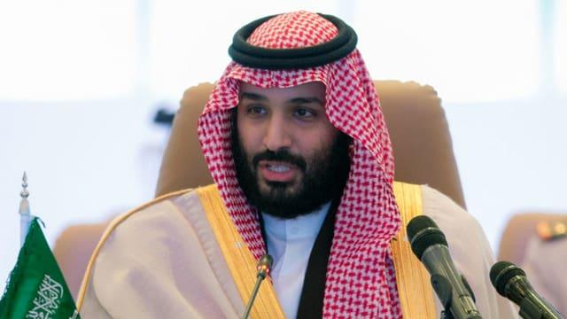 Ein muslimischer Herrscher im Festtagsgewand.