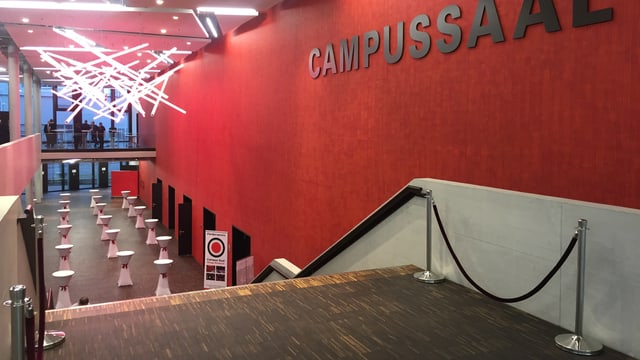Blick ins Foyer des Campussaal