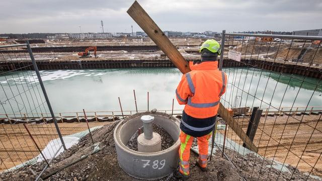 Bauarbeiter auf Baustelle.