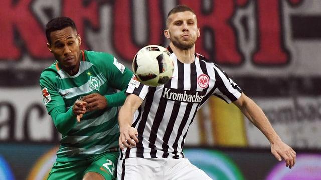 Bremen entführt ein Unentschieden aus Frankfurt.