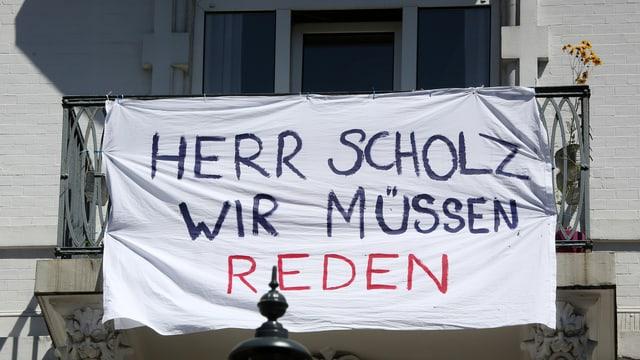 Herr Scholz, wir müssen reden è scritg sin in transparent.