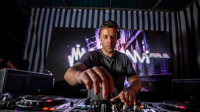 Symbolbild DJ