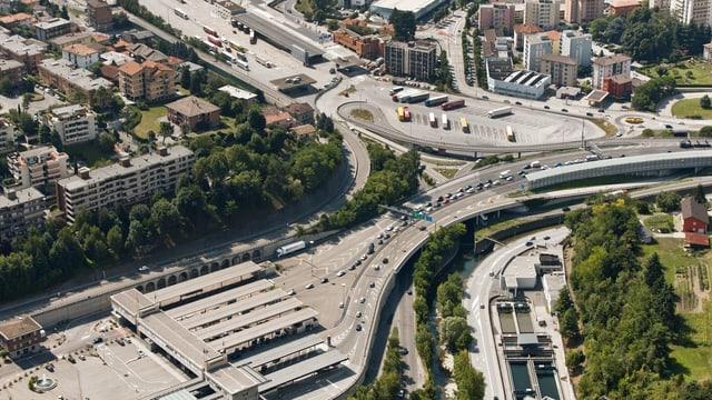 Die Autobahn A2 in Chiasso.