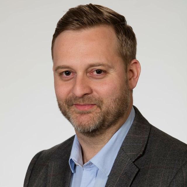 Portrait von Kommunikationsexperte Michael Widmer.