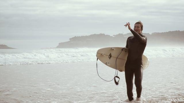 Dave nach der Surfsession im Portrait.