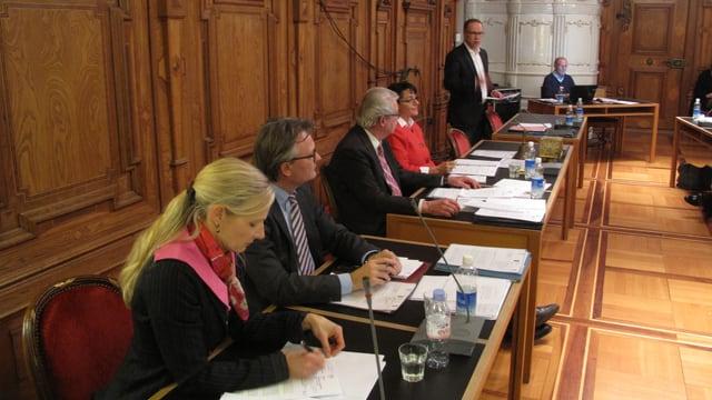Luzerner Stadtat an der Parlamentsdebatte.