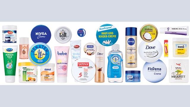 Übersicht mit Kosmetik-Markenprodukten.