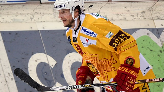 Il hockeyan grischun Sven Lindemann dals SCL Tigers.