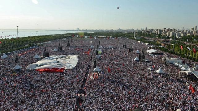 Massendemo in Istanbul am 9. Juli 2017