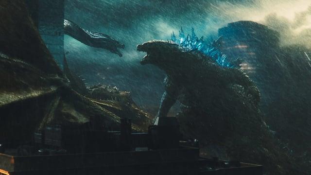 Godzilla kämpft gegen ein anderes Monster.