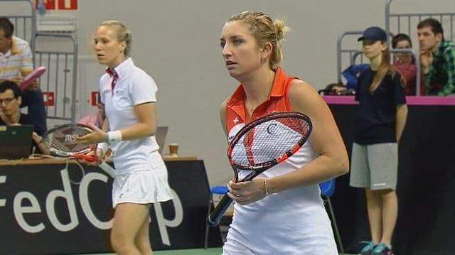 Timea Bacsinszky (dretg) e Viktorija Golubic