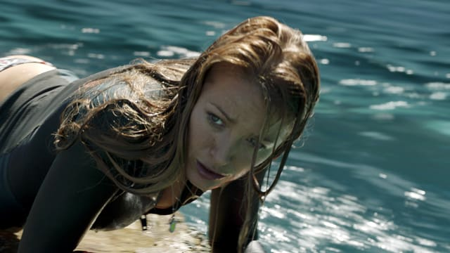 Blake Lively in «The Shallows».