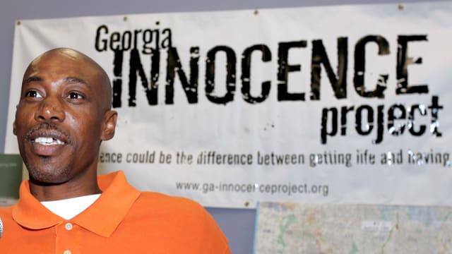 Willie Williams sass 21 Jahre unschuldig im Gefängnis.