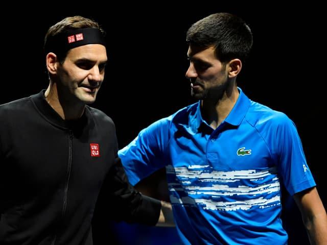 Roger Federer und Novak Djokovic.