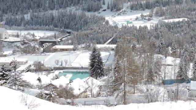 La vischnanca fusiunada da Scuol ha approvà il preventiv 2015, che prevesa in gudogn da 10 milliuns francs. La zona turistica True n'ha betg chaschunà discussiuns.
