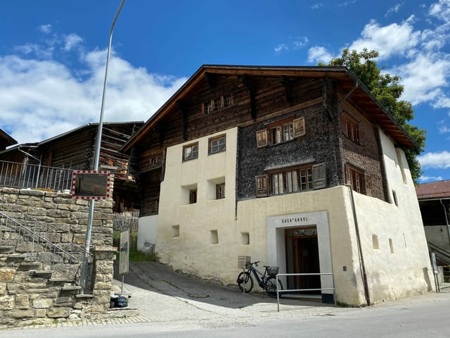 La Casa d'Angel a Lumbrein.