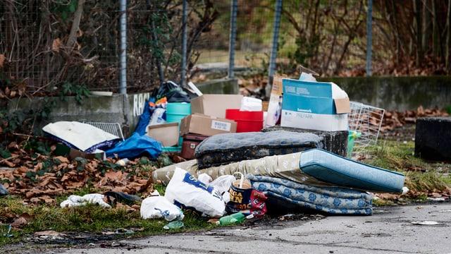 Illegal entsorgte Abfall in Zürich