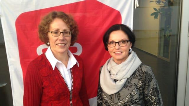 Die beiden Kandidatinnen Felicitas Zopfi (links) und Helen Meyer (rechts) vor der Nomination am SP-Parteitag.
