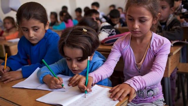 Syrische Schülerinnen im Jahr 2013.