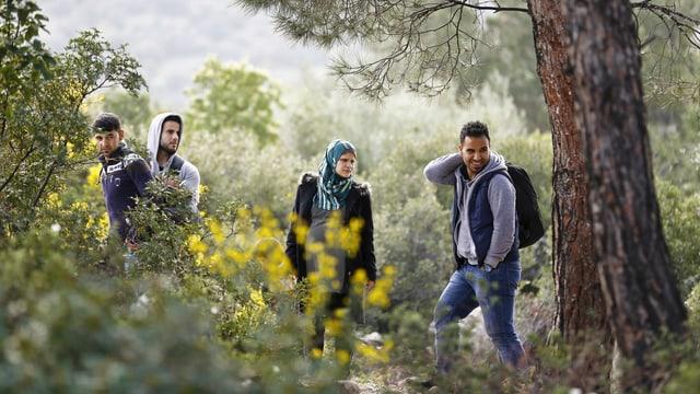 Eine syrische Flüchtlingsfamilie an der Küste in Dikili, nachdem ihre Überfahrt nach Griechenland nicht gelang. (reuters/03.03.2016)