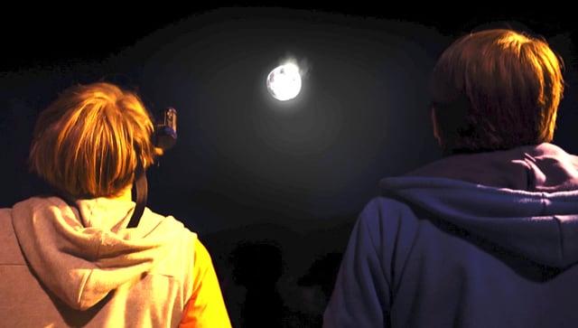 Video «Quarx: Der Mondmagnet (10/26)» abspielen