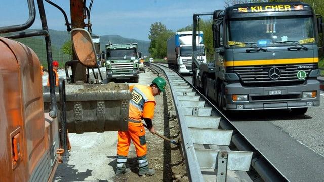 Bauarbeiter bei der Baustelle Wiggertal