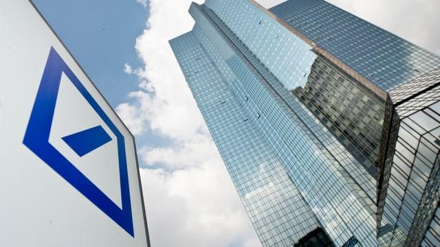 bajetg e logo da la Deutsche Bank