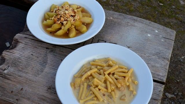 «Hindersi» Älpermagronen und Apfelschnitze mit Calvados