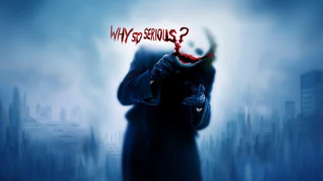 Undeutlich erkennbar ist Heath Leder hinter dem schmierigen Schriftzug «Why so serious» –«Wieso so ernst?».