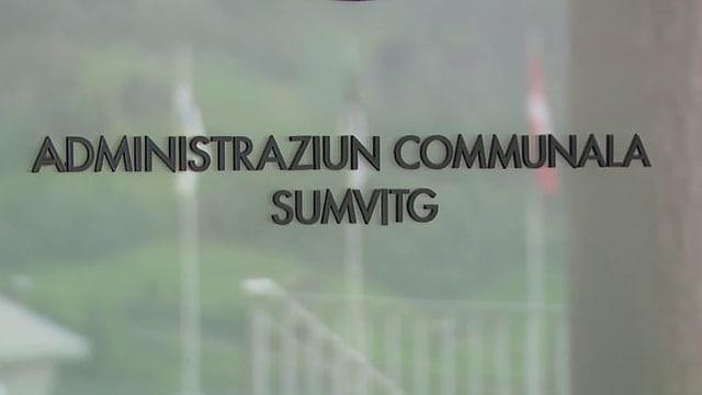 """scrittura """"Administraziun communala sumvitg"""""""
