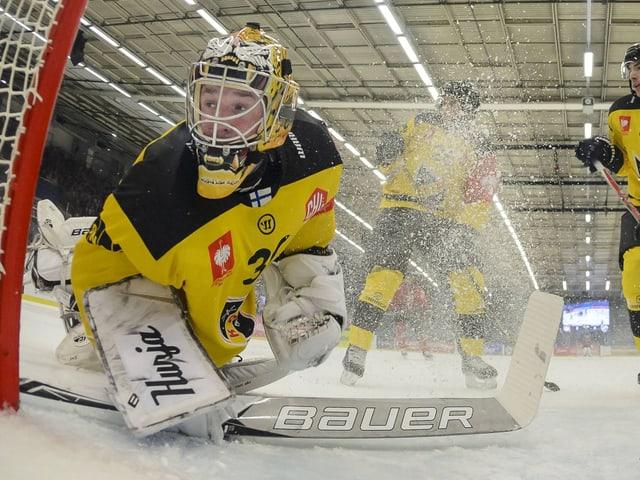 Kuopio-Keeper Denis Godla hat das Nachsehen.