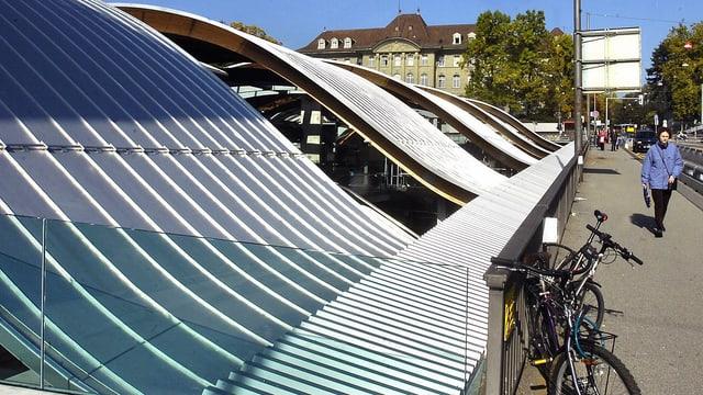 «Welle» am Berner Bahnhof (Archiv)
