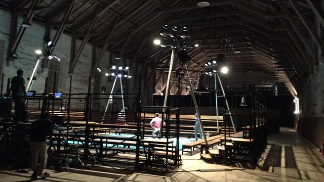 Blick in eine Zirkus-Produktion in der alten Reithalle