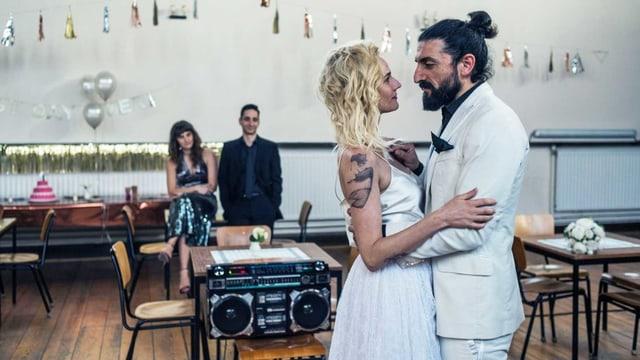 Katja Şekerci (Diane Kruger) heiratet Nuri (Numan Acar) in Fatih Akins jüngstem Film.