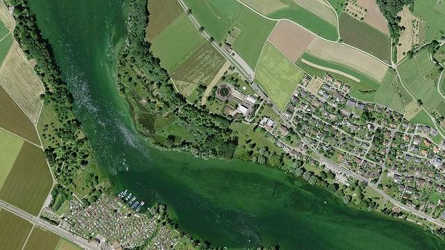 Luftaufnahme des Naturschutzgebietes «zHose» westlich der Badi von Stein am Rhein.