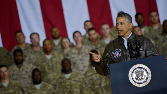 Obama vor US-Soldaten.