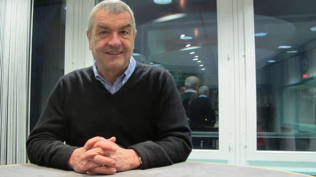 Walter Küng im Studio Aarau